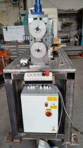 Vorderansicht Rohbau Vortreibgerät VT 150- im Hintergrund zu sehen : CNC Drehautomat G 400