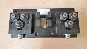 Doppelter 3 Rollen Apparat mit Halter für Messgerät in der Mitte